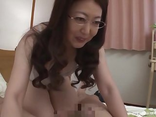 Nerdy inferior mature Japanese MILF gets their way hairy pussy creampied