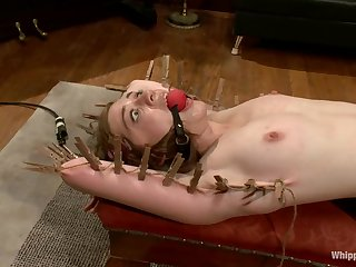 Bobbi Starr tries BDSM action for be transferred to first time