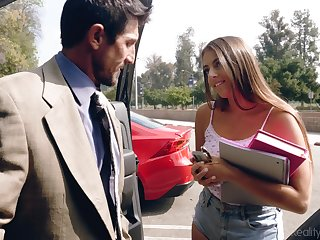 Disparaging student babe in shorts Gia Derza seduces old math tutor