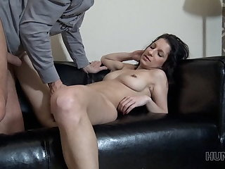 HUNT4K. Cuckold watches how his GF squirts gratefulness to rich