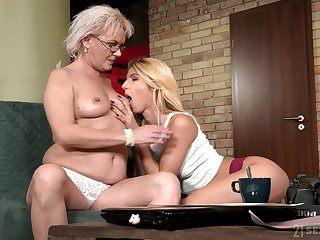Granny likes codification her passion for pussy with her lesbian niece