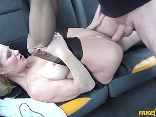 Mature amateur works the dick equivalent to she's 18 again