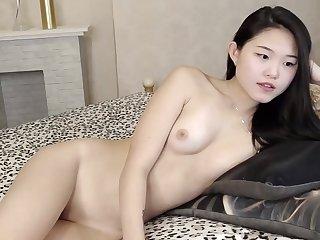 Young Hot Asian Masturbate in Webcam Chinese Aziatka Yaponka koreyanka kitayanka Asiatica Se Divertindo