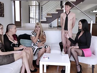 Fucking awesome mommies and nextdoor women fuck young guys and chicks